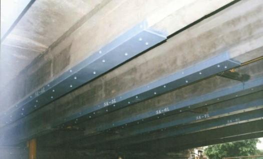 钢筋混凝土结构加固-粘贴钢板加固