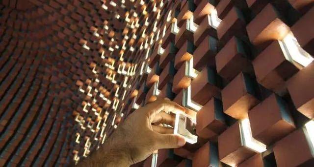 砖的艺术,看看如何把砖赋予艺术性的用在建筑上?_12