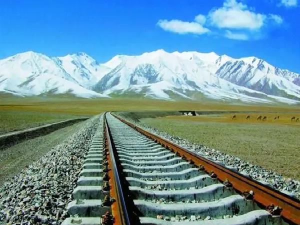 中铁建在非洲46国铺设过万公里铁路与城轨