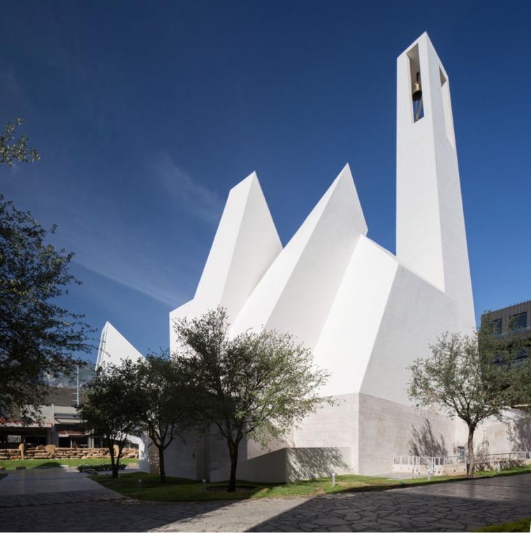 依旧是光影的运用:墨西哥又一座美轮美奂的教堂