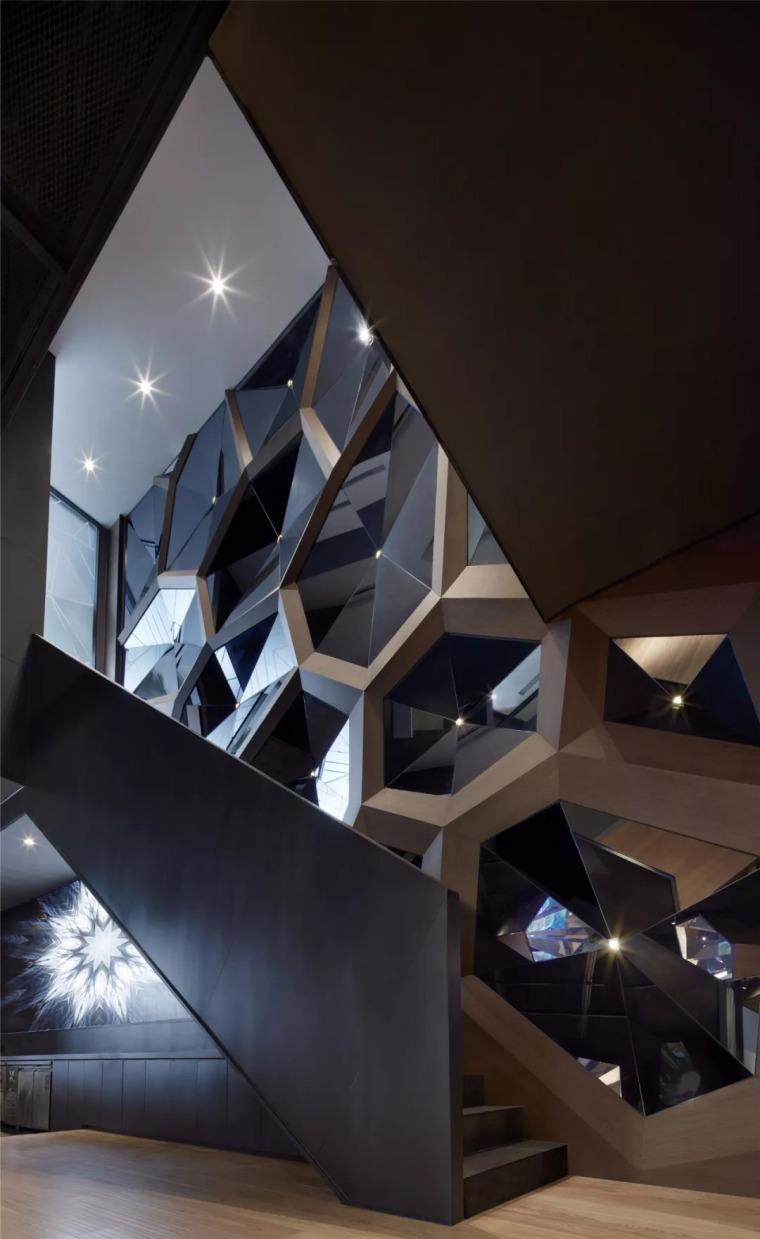 北京蓝色港湾花酷餐厅设计案例欣赏_11