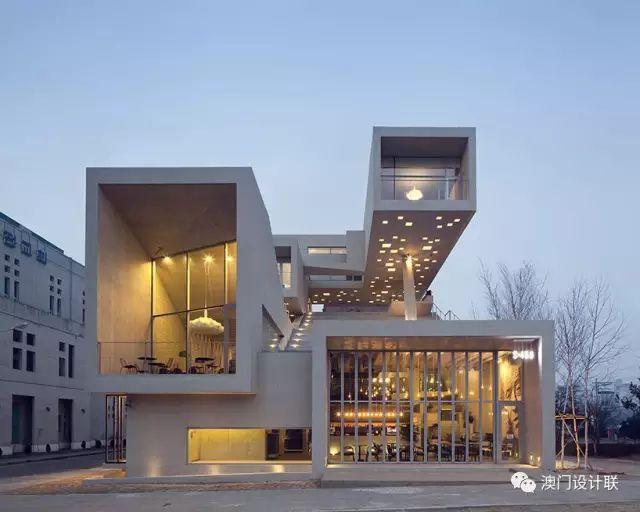 打破陈规的新式建筑,于城市中开放的观景台_7
