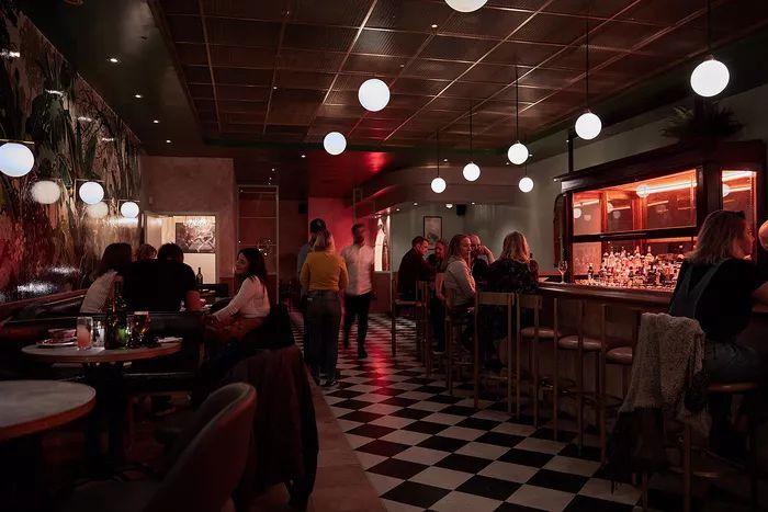 别找了,2018年最好看的餐饮空间设计都在这里了_20