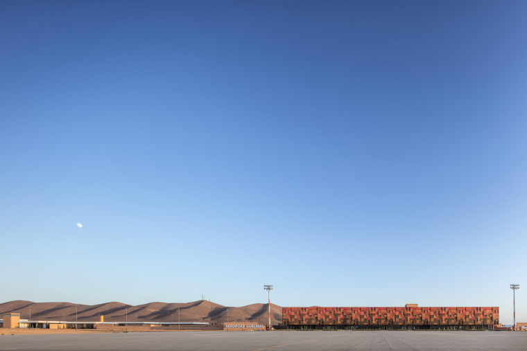 摩洛哥可拓展性盖勒敏机场外部实景图 (2)