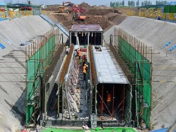 斜拉桥主梁悬浇施工规定