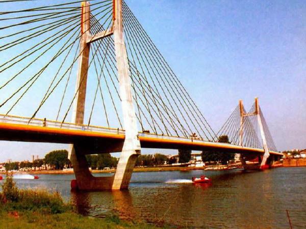 大型桥梁防腐蚀涂装