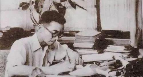 梁思成逝世46周年祭:能挽救千年的建筑,却没能救下老北京城_26
