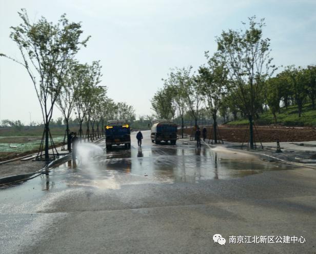 江北新区公建中心运用智能监控系统,提升道路沥青施工质量管控水