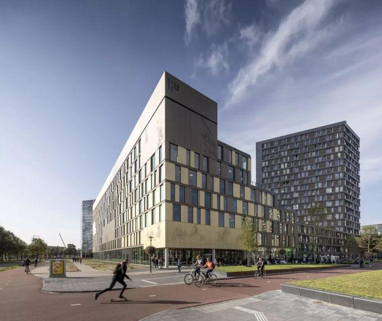 拥有一个霸道中庭的荷兰UTRECHT应用科学大学教学楼/SHL_2