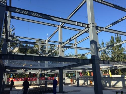 [分享]北京市项目装配式钢结构封顶首例即将示范大全的吊顶效果图过道图片