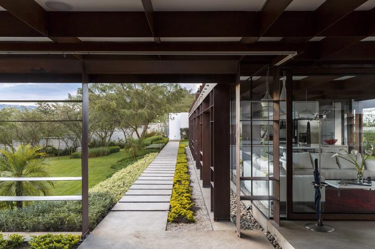 厄瓜多尔隐形边界的住宅-11