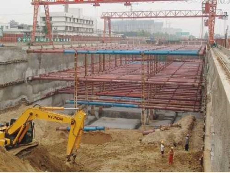 [哈尔滨]地铁项目地下双层岛式站台车站施工方案