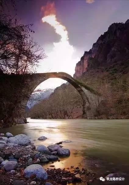 人在桥上,桥在景中(美进骨髓、美到窒息)