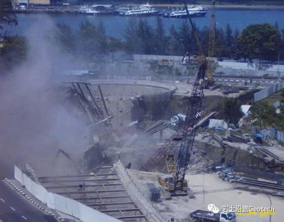 地铁基坑倒塌当天发生了什么?新加坡NicollHighway基坑倒塌纪实_19