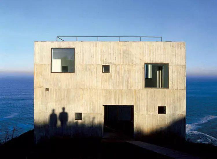 这个智利建筑事务所设计房子,几乎像是一场方形、圆形或其他元素_14