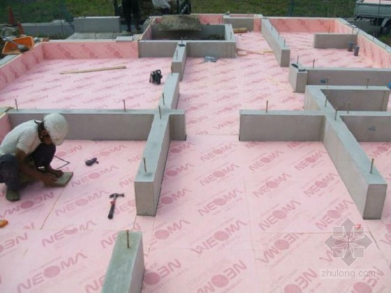 [日本]木结构住宅常用保温材料施工过程图解
