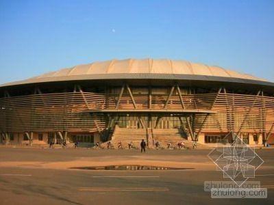 北京某体校训练馆钢结构安装方案(空间管桁架 135m跨度 索膜屋面)