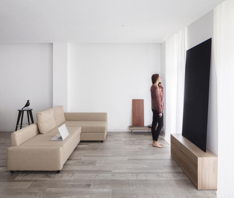 西班牙视觉艺术家的LEApartment公寓改造-2