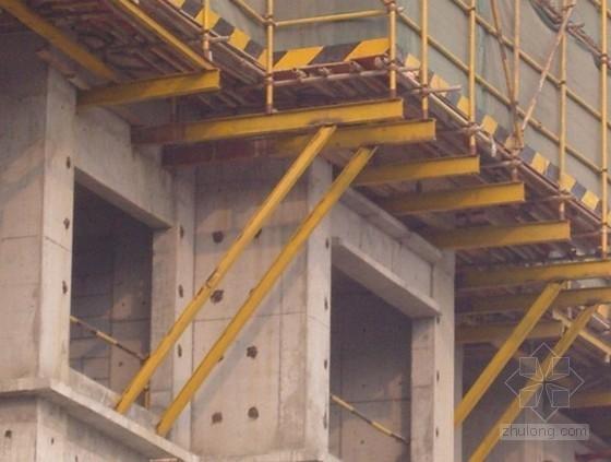 [江苏]住宅楼脚手架施工方案(落地式双排钢管脚手架、型钢悬挑脚手架)