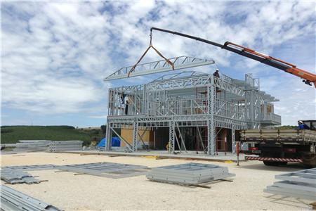 鋼結構自建房真的適合農村嗎?想建的要做好準備