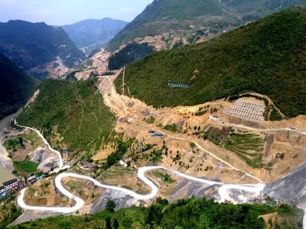 每公里造价过亿,全国埋深最大,地质条件最复杂...