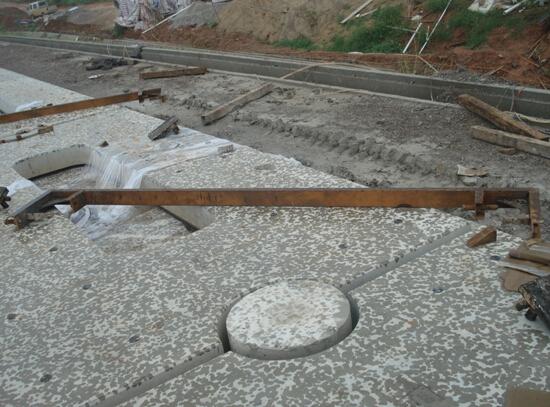 板式无砟轨道CA砂浆层现场灌注过程及注意事项