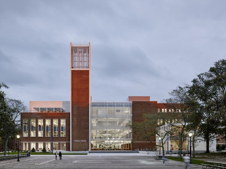 美国索尔兹伯里大学Patricia综合教学楼