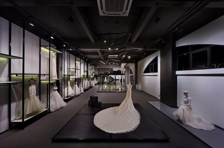 轻工业风婚纱店