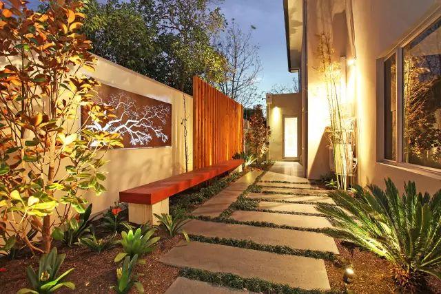 赶紧收藏!21个最美现代风格庭院设计案例_68