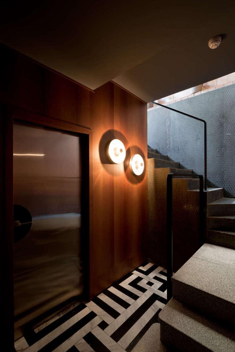 苏维埃时代现代主义酒馆-Staircase