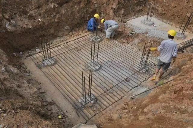 桩承台施工的工艺流程、基坑开挖、钢筋绑扎等技术问题_4