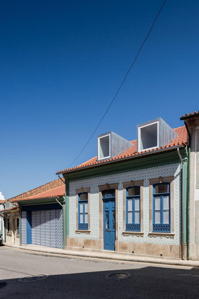 葡萄牙奥瓦尔住宅-12