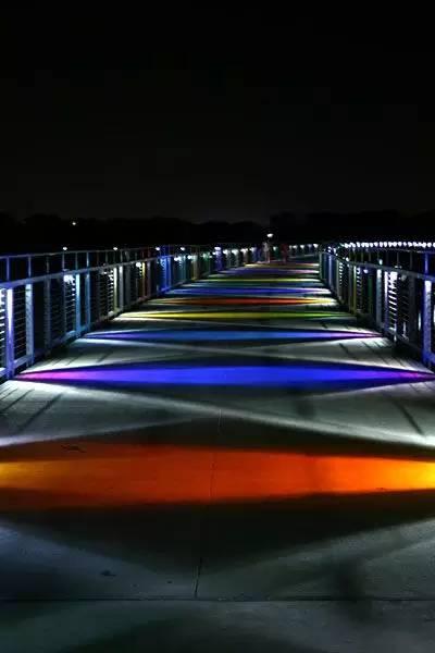 景观灯光设计。当灯光碰上景观,浪漫的夜晚就开始了!_25