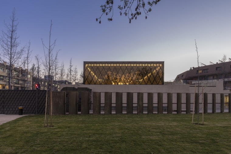 智利NBI社区里犹太教堂和社区中心的集合体-2