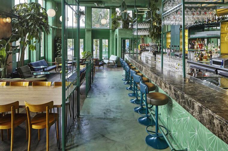城市中的热带雨林阿姆斯特街角餐厅_9