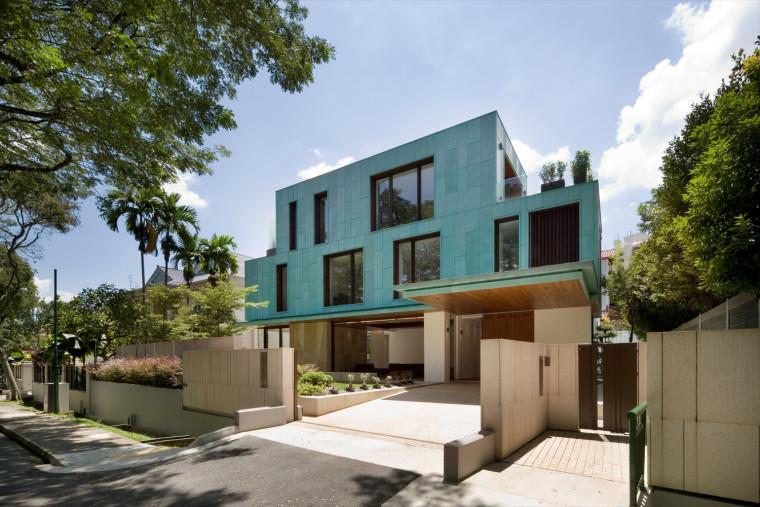 绿色的青铜立方体住宅