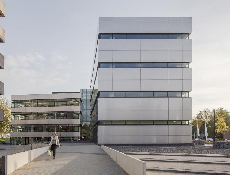 荷兰VanSpaendonck办公大楼