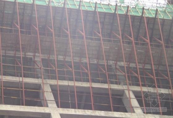 [QC成果]72m高空大悬挑结构高架模板型钢桁架支撑的设计与应用