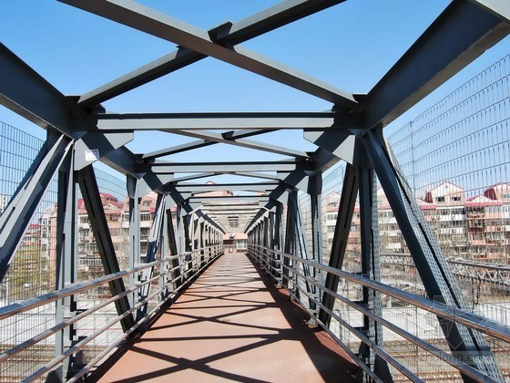 大桥护栏施工方案