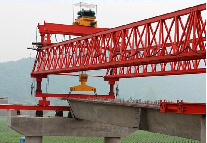 低山丘陵区13km双向四车道高速公路工程实施性施工组织设计213页(路桥隧涵)-梁板架设