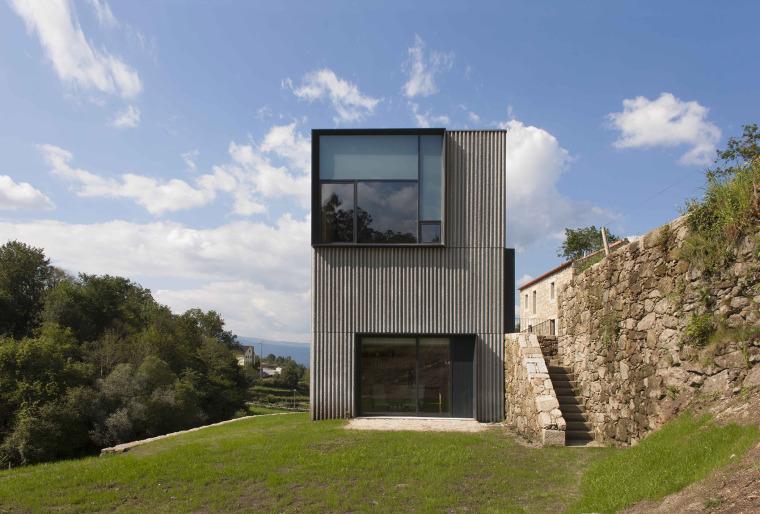 葡萄牙梅尔加苏住宅