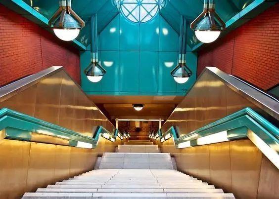 世界最美地铁景观,美到让你不想回家_32