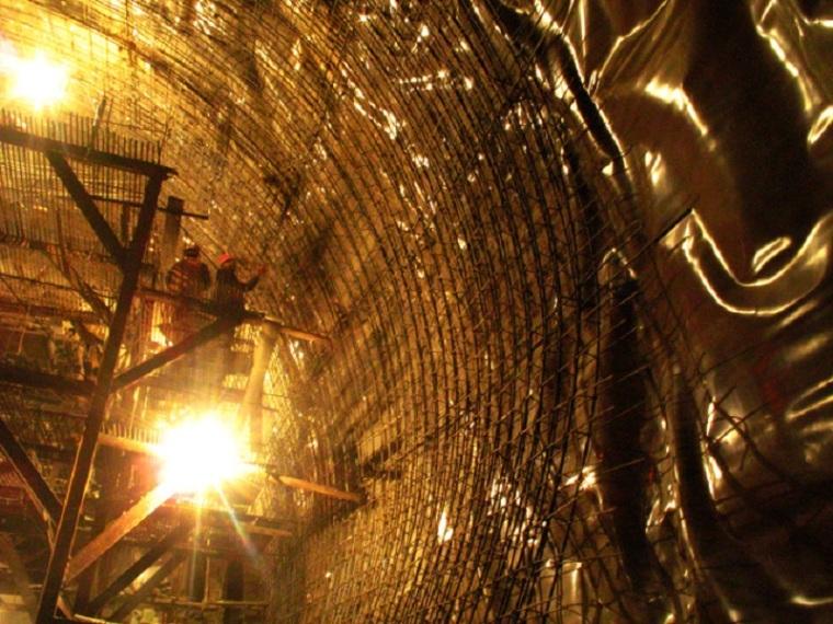 客运专线隧道开挖及支护施工方案