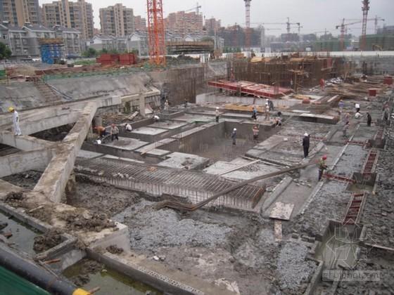 [广东]高层住宅地下室基坑围护桩与桩锚支护施工方案