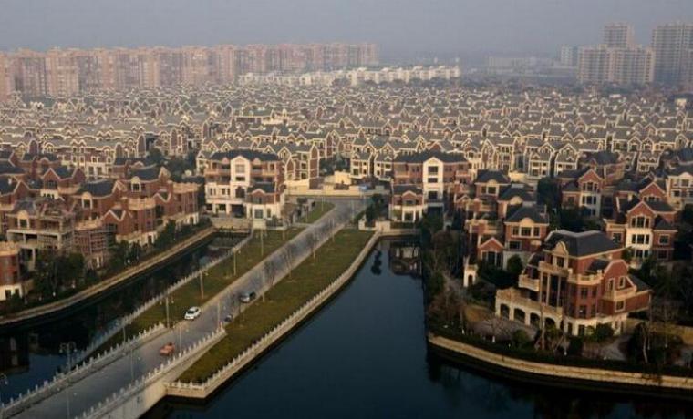 村子号称中国威尼斯:全村都是别墅,湖面积达320亩