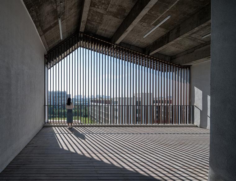 安徽大学艺术与传媒学院美术楼-15
