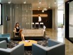 柔和的展厅设计与办公室装修设计
