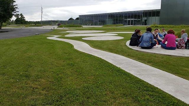 法国卢浮宫朗斯分馆公园景观设计_11