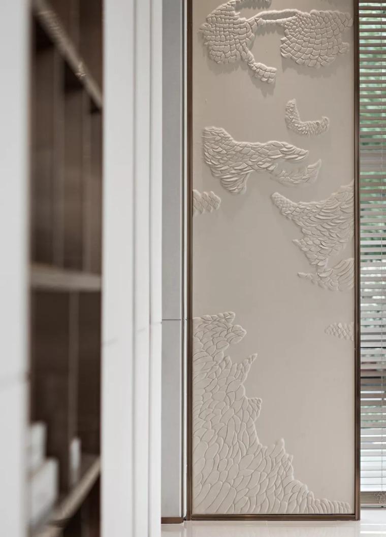 精致材料和简洁配饰,打造出低调素雅的空间_15