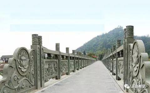 由重庆万州二桥公交坠桥引发的伟德栏杆防撞思考!_19